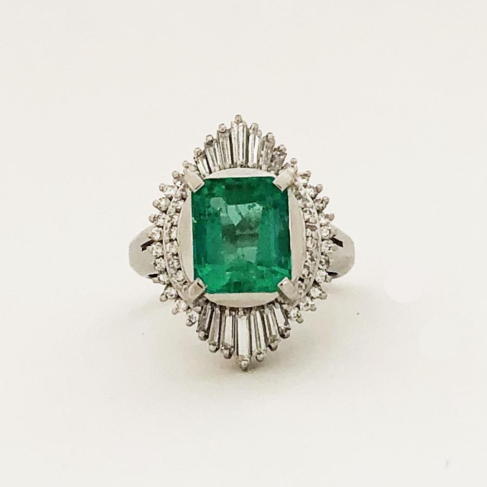 中古 Pt900 エメラルド ダイヤ ファッションリング レディース 指輪 数量は多 11号 D0.78ct 店 E3.09ct