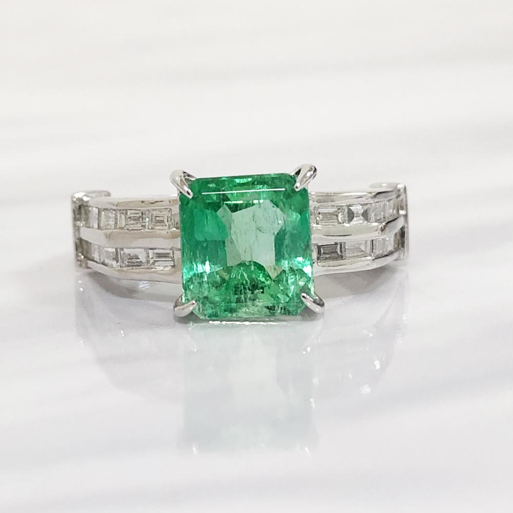 【中古】Pt900 エメラルド リング プラチナ 指輪 レディース ジュエリー エメラルド 2.51ct ダイヤ 0.73ct 5.6g 13号