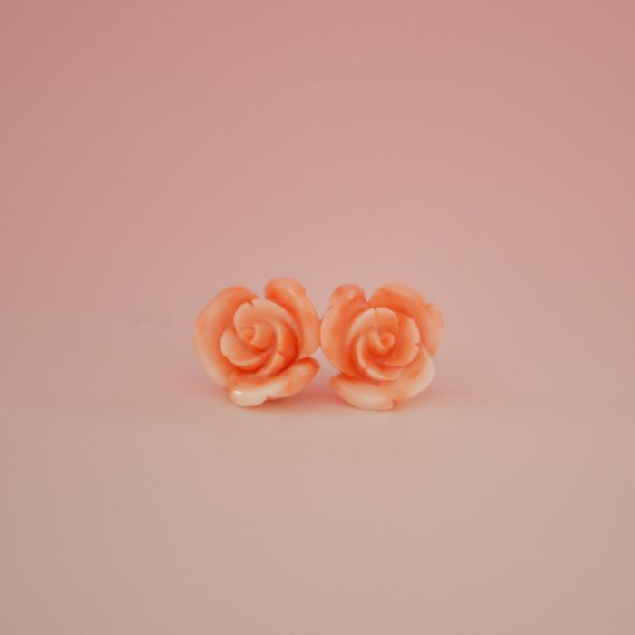 深海珊瑚のバラの花ピアスA