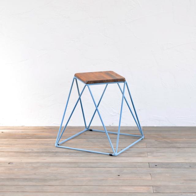 PYRAMID STOOL - PINE / ピラミッドスツール - パイン
