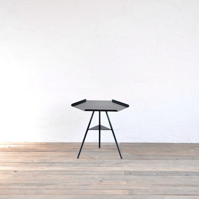 TRIPOD TABLE - steeltop low / トライポッドテーブル - スチールトップ ロウ