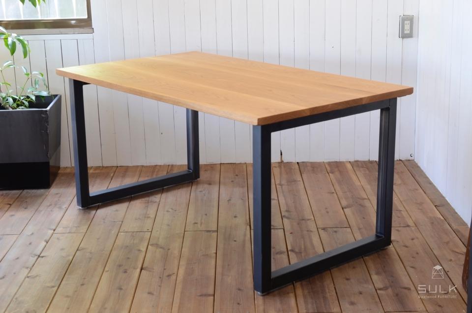 OAK DINING TABLE / Square frame(節あり)