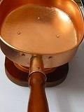 銅製十能、国内最高級品付属3種付中入火お越し、金トング、竹炭浄水5枚付使い込むほど味の出る純銅製の高級十能です
