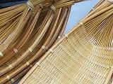 竹、白船大、34x13cm 10ケ青笹バラン100枚セット販売、竹炭浄水炭20枚付お刺身、天婦羅に竹素材を活かした日本を感じる温かみのある皿です。和洋食どちらにも使っていただけます。バランと一緒にどうぞ!