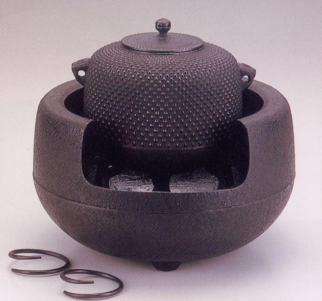 【送料無料】南部鉄器 茶の湯釜万代屋アラレ