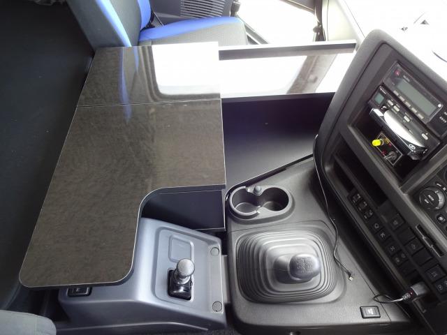 トラック 棚板 いすゞ コンソール 棚 (オプション) 小物入れ ラック ギガ テーブル 内装 オプション 収納 無線機