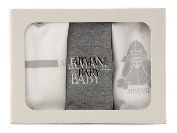6b76f88e1ae ARMANI BABY Armani baby popular Georges Armani baby line is in stock now! Armani  baby cute and cool! To celebrate the birth is recommended!
