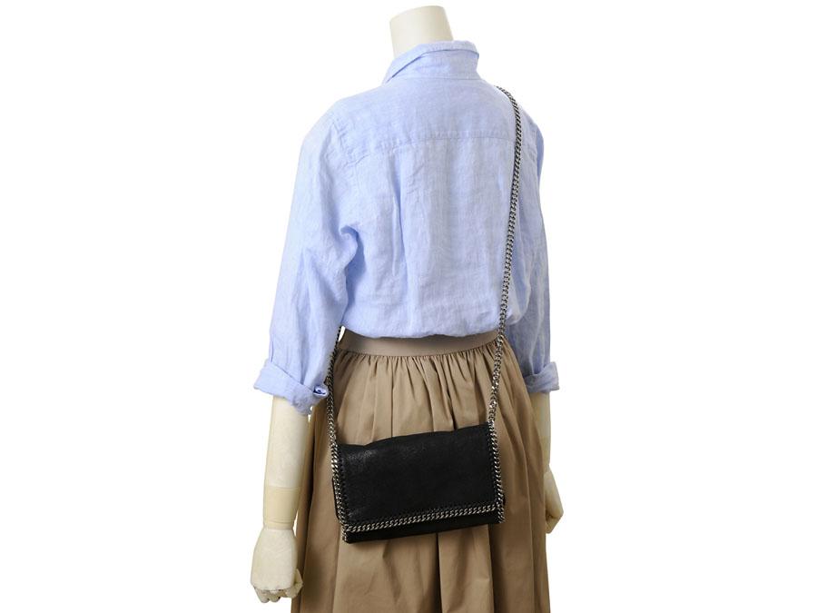 0019a0542fb8 ステラ・マッカートニーはイギリスのファッションブランドです。ファーやレザーを一切使用せず環境に配慮するエシカル・ ファッションで有名です。