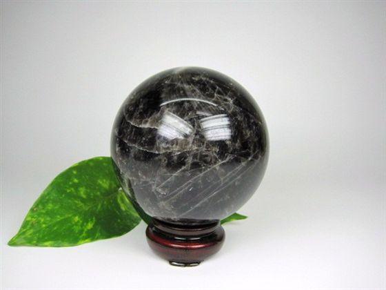 【球体】黒水晶Φ89mm木製台座付き