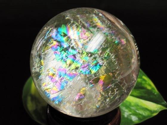 【球体】レインボー水晶Φ45mm木製台座付き