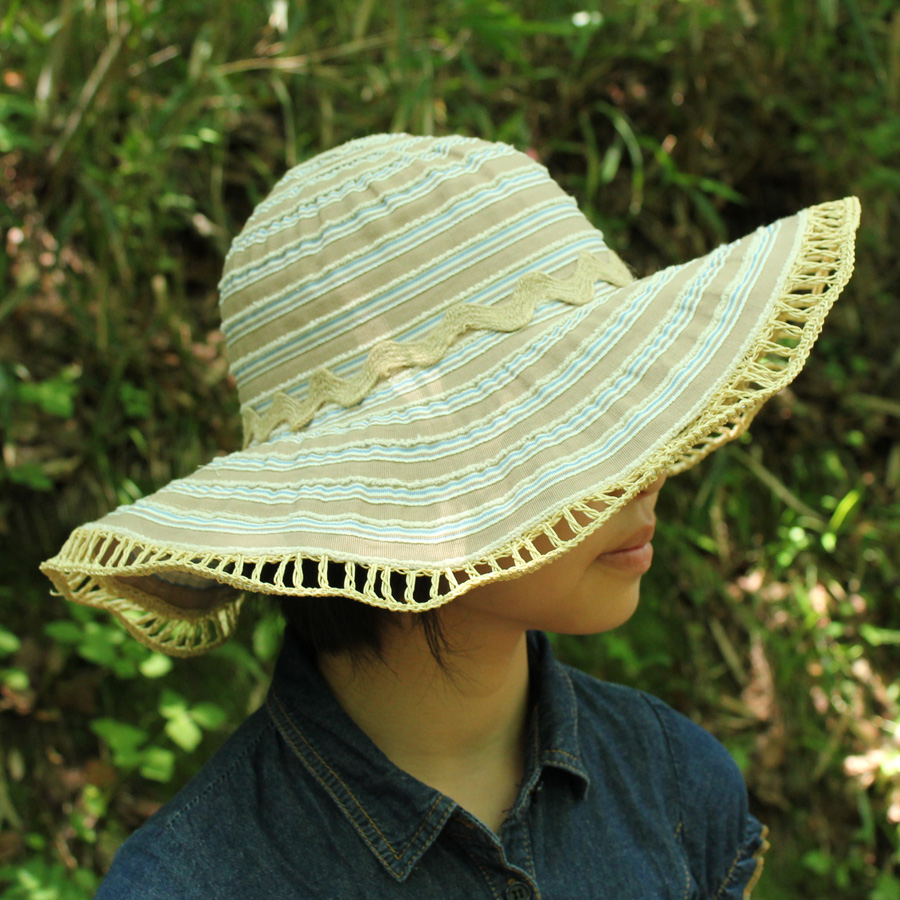 0a4c6dc794c24 UV cut hat (for women)-Womens Sun Hat - two tone Ribbon キャプリーヌ color   natural