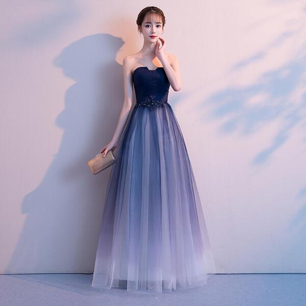 ドレス 舞踏会