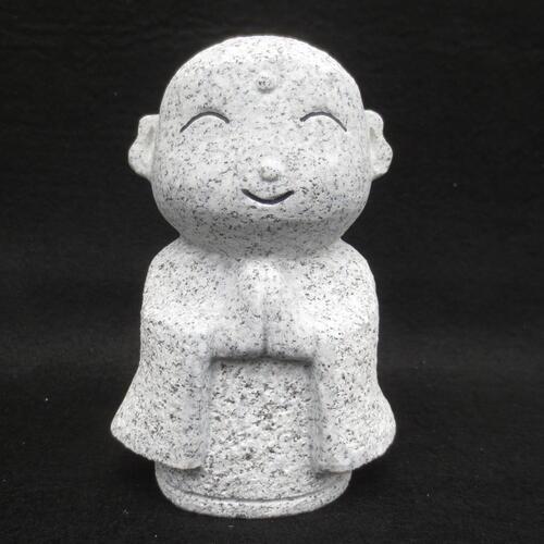 ちいさい かわいい おじぞうさん お地蔵さん 地蔵菩薩 仏像 癒しのかわいいい置物 置物 癒しのお地蔵さん みかげ石 GZ-049-SH 彫刻品 年間定番 割引 おじぞうさま 送料無料