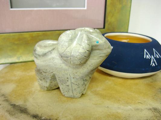 インディアンの石のお守り、フェティッシュ羊/ANFET53830000