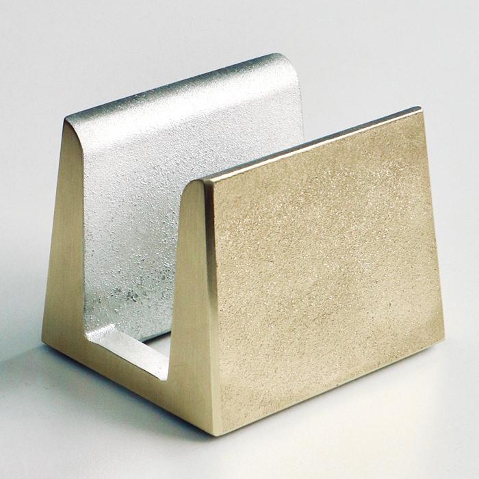 FUTAGAMI真鍮の生活用品真鍮のまな板立て