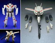 【中古】フィギュア VF-1J一条輝機 「超時空要塞マクロス」 1/48スケール完全変形版 ABS&PVC&ダイキャスト他 完成品 【タイムセール】