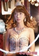 【中古】生写真(AKB48・SKE48)/アイドル/AKB48 柏木由紀(柏木・アナゴ)/上半身・衣装銀・両手下・ネックレス/「キャバすか学園 DVD-BOX」・「キャバすか学園 Blu-ray BOX」封入特典オフショット生写真