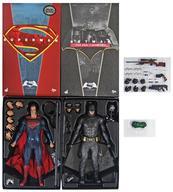 【中古】フィギュア バットマン&スーパーマン(2体セット)[ボーナスアクセサリー付き] 「バットマン vs スーパーマン ジャスティスの誕生」 ムービー・マスターピース 1/6 アクションフィギュア トイサピエンス限定