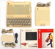 【エントリーでポイント10倍!(4月28日01:59まで!)】【中古】Apple IIハード Apple IIc本体 (A2S4000)