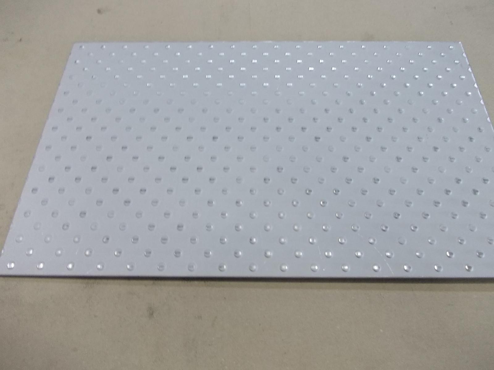高い素材 ポルカプレート ステンレスの床板用材料 ステンレス SUS 3.5mmx100mmx100mm 304 板厚 売れ筋