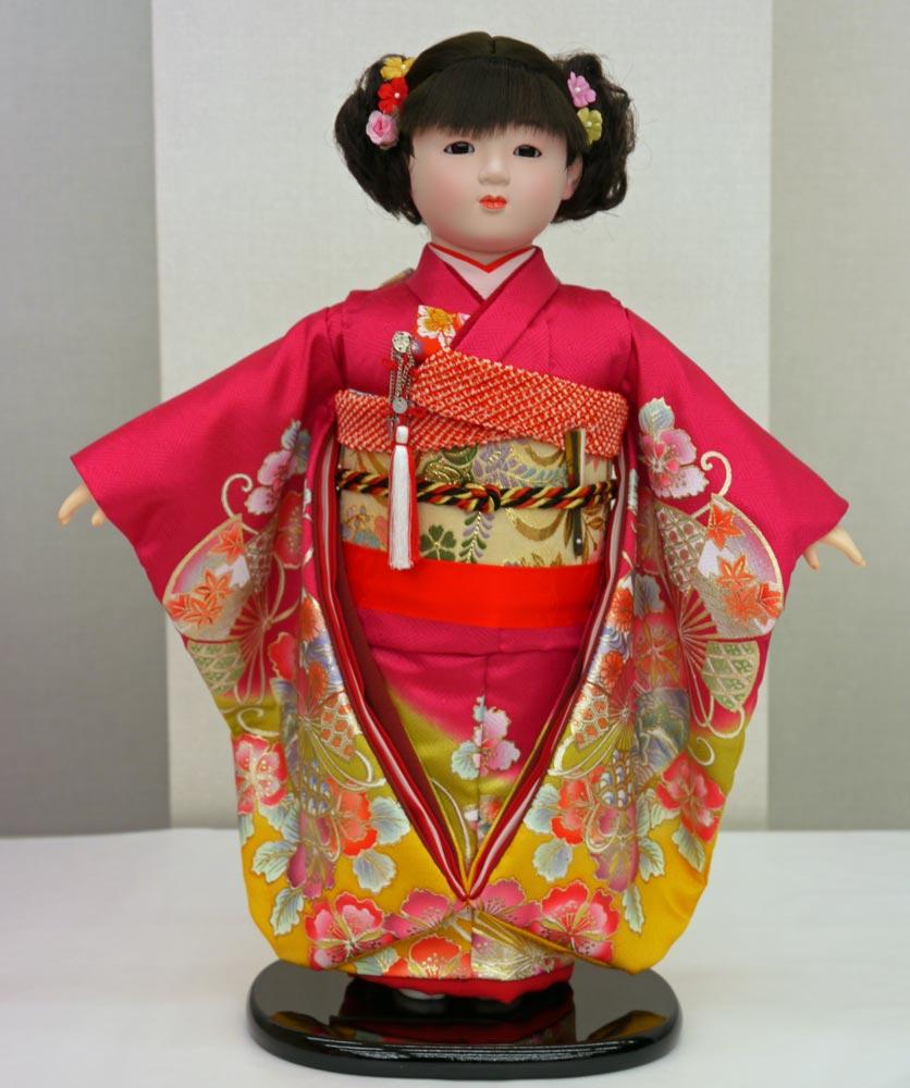 送料無料 平安豊久作 市松人形 13号 ピンク金彩 〈平安豊久 いちまつにんぎょう いちまさん 日本人形 和人形 和服衣装着人形 伝統人形 衣裳着人形 衣装着人形 着物人形 女の子のお人形 おにんぎょう 伝統工芸品 通販〉