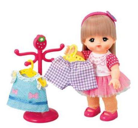 楽しく遊べる玩具・着せ替え人形 愛育ドールのメルちゃん お洋服・おしゃれ小物がいっぱい! はじめてのおしゃれセット 〈大人・子供向けおもちゃ 女の子向け コレクション きせかえ人形 ファッションドール 洋服 衣装 着替え お世話遊び 知育玩具〉