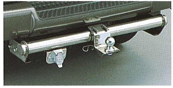 『デリカスペースギア』 純正 PD6 トレーラーヒッチメンバー パーツ 三菱純正部品 DELICA オプション アクセサリー 用品