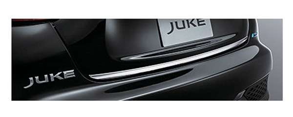『ジューク』 純正 YF15 バックドアフィニッシャー(クロームメッキ) パーツ 日産純正部品 JUKE オプション アクセサリー 用品