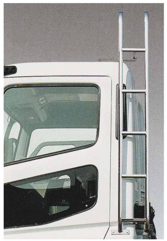 スーパーグレート パーツ 固定式キャブタラップ(スチール製メッキ) 左側のショートキャブ車用 三菱ふそう純正部品 FU54VZ~ オプション アクセサリー 用品 純正 メッキ