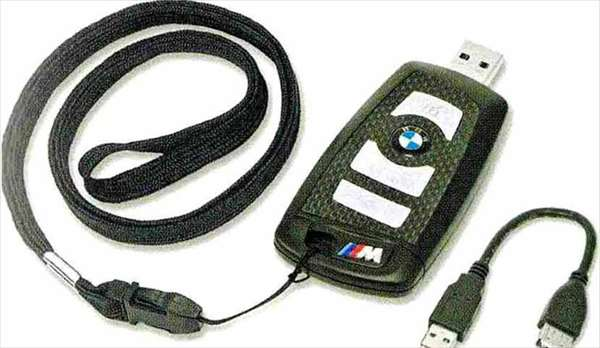 """5 GRAN TURISMO パーツ BMWリモート・コントロール・キー型""""M""""USBメモリー・スティック8GB BMW純正部品 SZ20 SN44 オプション アクセサリー 用品 純正"""