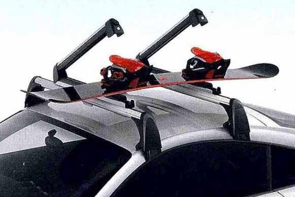 TT・TTS パーツ スキー&スノーボードホルダー(ラージタイプ) アウディ純正部品 8JCDA 8JCESF 8JCDLF 8JCEPF オプション アクセサリー 用品 純正