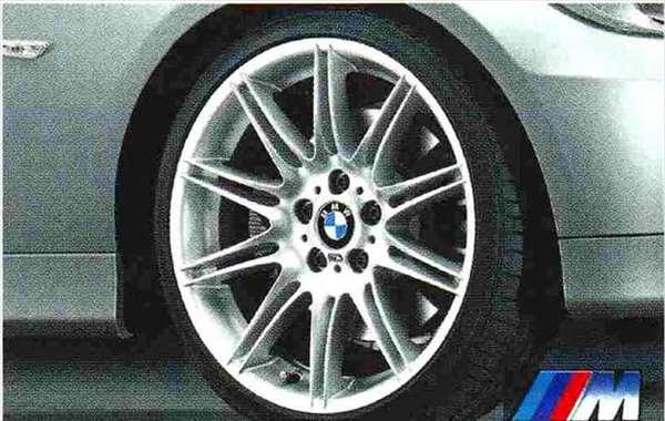 3 COUPE・CABRIOLET パーツ Mダブルスポーク・スタイリング225のホイール単体 8J×19(フロント) BMW純正部品 KE25 KD20 KE25 KG35 DX35 オプション アクセサリー 用品 純正 送料無料