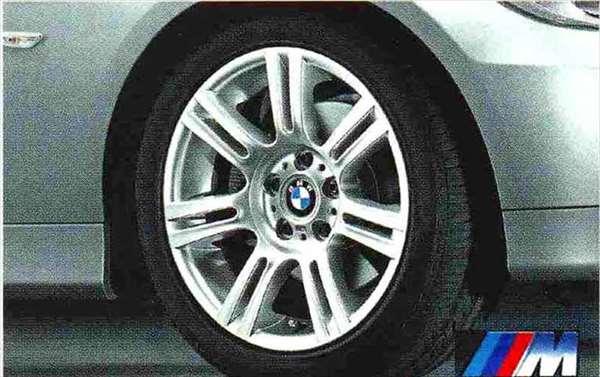 3 COUPE・CABRIOLET パーツ Mダブルスポーク・スタイリング194のホイール単体 8J×17(フロント) BMW純正部品 KE25 KD20 KE25 KG35 DX35 オプション アクセサリー 用品 純正 送料無料