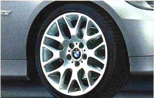 3 COUPE・CABRIOLET パーツ クロススポーク・スタイリング197のホイール単体 8J×18(フロント) BMW純正部品 KE25 KD20 KE25 KG35 DX35 オプション アクセサリー 用品 純正 送料無料