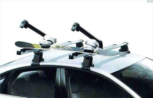 A7 パーツ スキー&スノーボードホルダーのプルアウト式 アウディ純正部品 4GCGWC オプション アクセサリー 用品 純正