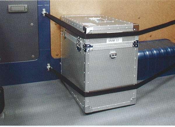 『キャラバン』 純正 VPE25 荷室ロープフック ●8組セット パーツ 日産純正部品 CARAVAN オプション アクセサリー 用品