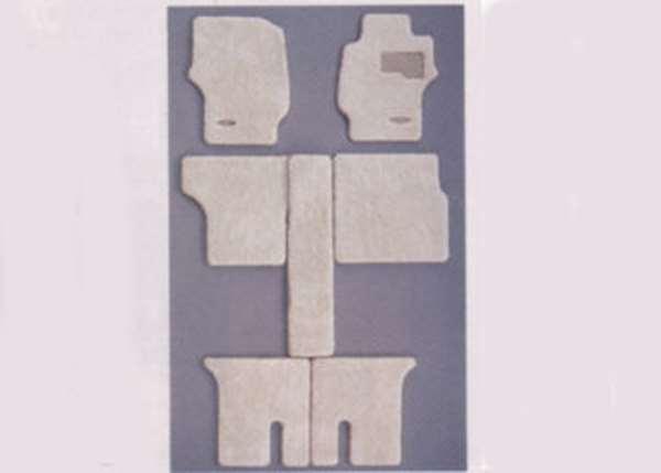 『デリカスペースギア』 純正 PD6W カーペットマット ムートン調 パーツ 三菱純正部品 フロアカーペット カーマット カーペットマット DELICA オプション アクセサリー 用品