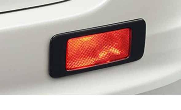 『エスクァイア』 純正 ZWR80G リヤフォグランプ 灯体Bのみ ※スイッチは別売 パーツ トヨタ純正部品 フォグライト 補助灯 霧灯 esquire オプション アクセサリー 用品