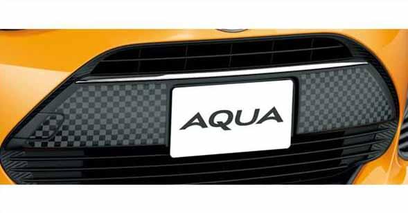 『アクア』 純正 NHP10H NHP10 フロントグリルデカール(チェッカー) パーツ トヨタ純正部品 ステッカー シール ワンポイントカスタム エアロパーツ オプション アクセサリー 用品