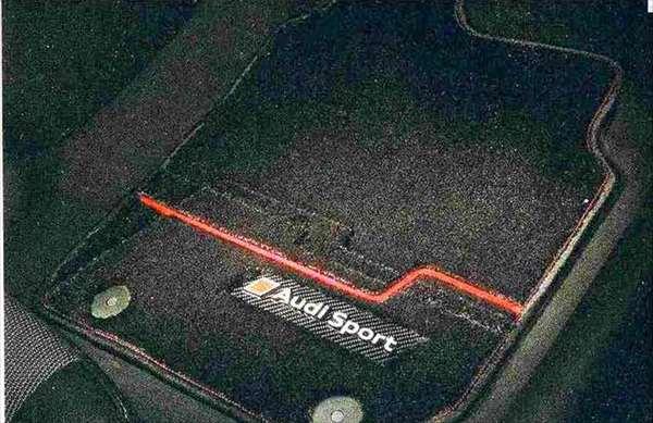 Q5 パーツ フロアマットプレミアムスポーツ(ブラック)右ハンドル車用 アウディ純正部品 8RCNCF 8RCTVF オプション アクセサリー 用品 純正 マット 送料無料