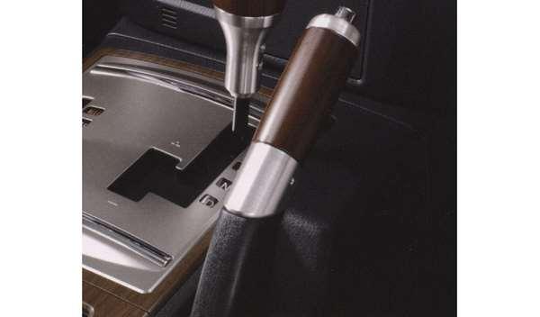 『パジェロ』 純正 V98W V97W V93W ウッドシフトノブ サイドブレーキレバーグリップ パーツ 三菱純正部品 PAJERO オプション アクセサリー 用品