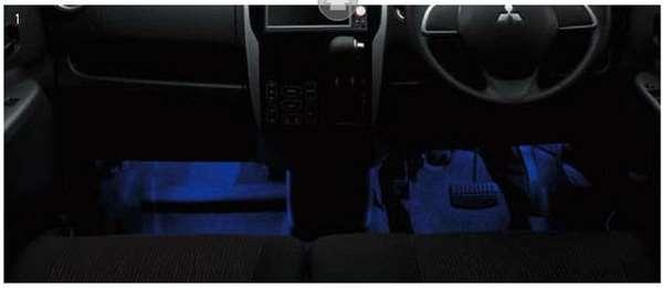 『ekワゴン』 純正 B11W フロアイルミネーション パーツ 三菱純正部品 オプション アクセサリー 用品