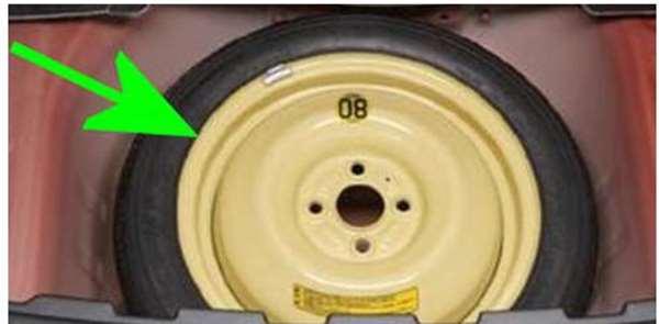 『クロスビー』 純正 MN71S スペアタイヤセット 2WD用 パーツ スズキ純正部品 オプション アクセサリー 用品