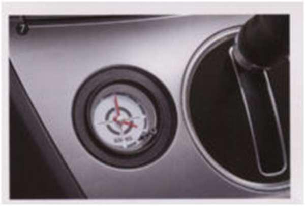 『デリカD:5』 純正 CV4W CV5W アナログクロック 2WD車用 パーツ 三菱純正部品 DELICA オプション アクセサリー 用品