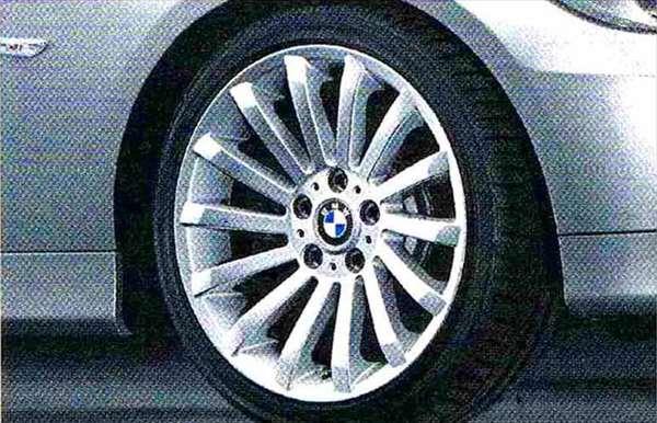 3 パーツ ラジアルスポーク・スタイリング196 ホイール単体8J×18(フロント) BMW純正部品 LBA ABA オプション アクセサリー 用品 純正 送料無料