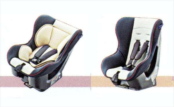 【タント】純正 LA600S チャイルドシート(シートベルト固定専用) パーツ ダイハツ純正部品 tanto オプション アクセサリー 用品