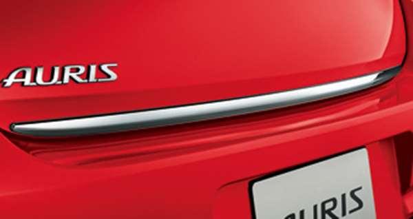 『オーリス』 純正 ZWE186 NRE185 ZRE186 NZE181 NZE184 リヤトランクガーニッシュ メッキ調 パーツ トヨタ純正部品 auris オプション アクセサリー 用品