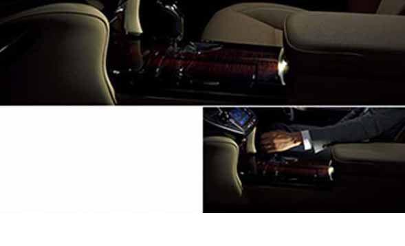 『クラウンロイヤル』 純正 AWS210 GRS210 GRS211 AWS211 センターコンソールイルミネーション パーツ トヨタ純正部品 照明 明かり ライト crown オプション アクセサリー 用品