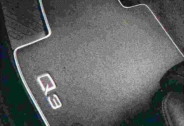 Q3 パーツ フロアマットべロアタイプ(リヤ) アウディ純正部品 8UCPSF 8UCCZF オプション アクセサリー 用品 純正 マット
