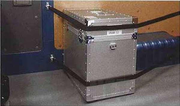 『キャラバン』 純正 QR200E QR25DE ZD30DDTI 荷室ロープフック(1) パーツ 日産純正部品 CARAVAN オプション アクセサリー 用品